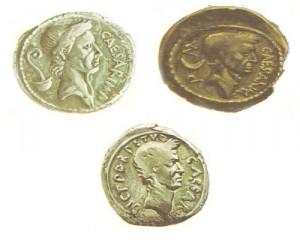 """На этих монетах отмечены три этара политической карьеры Цезаря. На первой он - верховный понтифик. На второй - """"диктатор"""", то есть полководец-победитель после консулата и галльской войны. На третьей - бессменный диктатор после окончания войны, удостоенный титула """"императора"""""""
